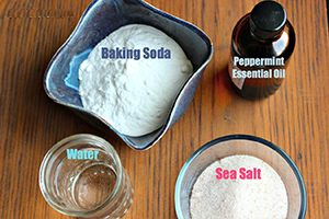 How-To-Make-Toothpaste-1