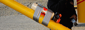 example-of-using-duct-tape-as-a-lashing