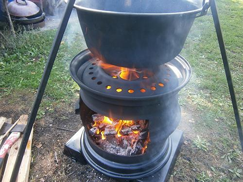 How to Make Your Own Wood Stove from Two Tire Rims 2
