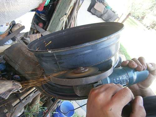 How to Make Your Own Wood Stove from Two Tire Rims 8