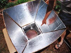 Baking a chocolate cake in the solar oven