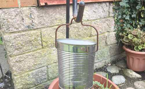 cooking pot tin can