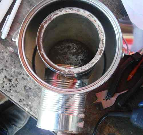 building the tin can rocket stove