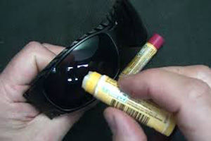 20 Survival Uses For Chapstick