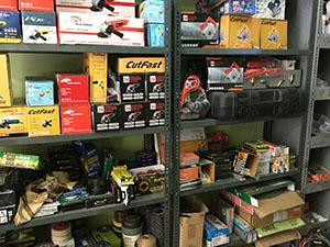 13 Prepper Items You Should look for at Goodwill tools