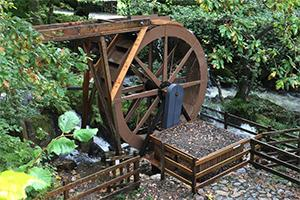 Hydro Power - 26 Necessary Tools for Off-Grid Living