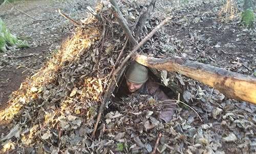 How To Build A Survival Debris Hut